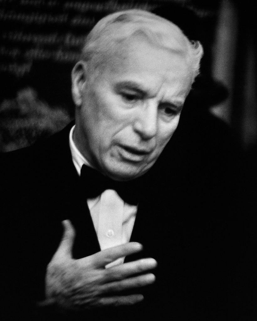 Rene-Groebli-Charles-Chaplin-Nr-606-1952-978x1222.jpg